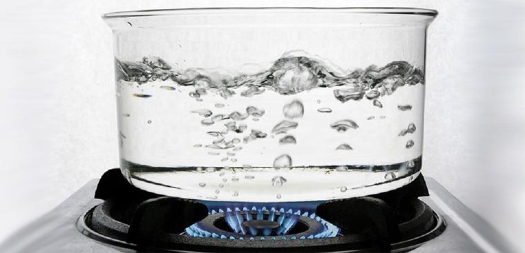 Đun sôi nước loại vi rút khỏi nước
